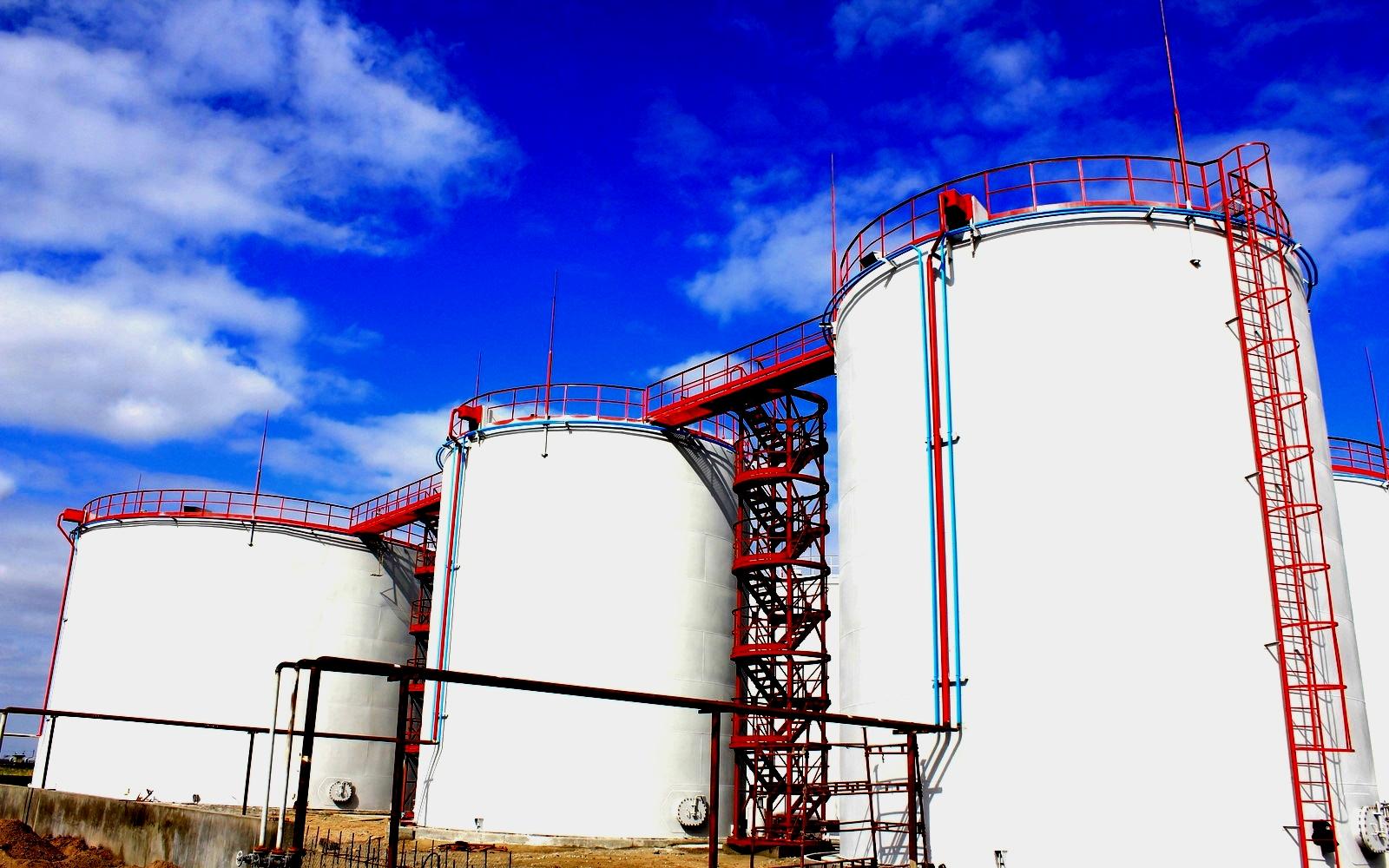 Резервуар для хранения нефти картинка