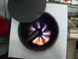 Газогенераторного типа, без горелок.  Работают без сажи, копоти, запаха, не образуются коксовые отложения.