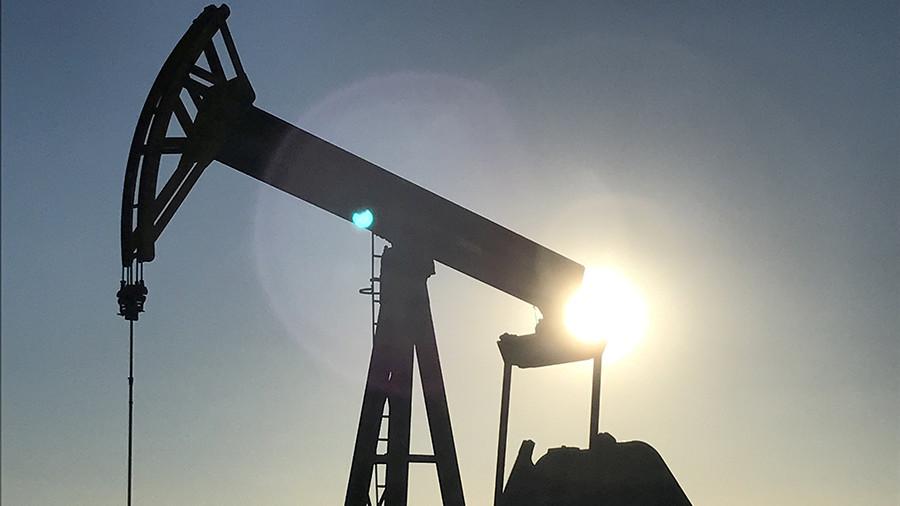 Нефтяники попросили Медведева отказаться отутилизационного сбора