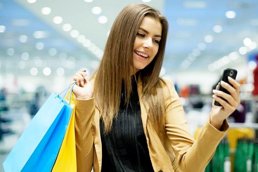 Клиенты Сбербанка смогут оплачивать покупки лицом